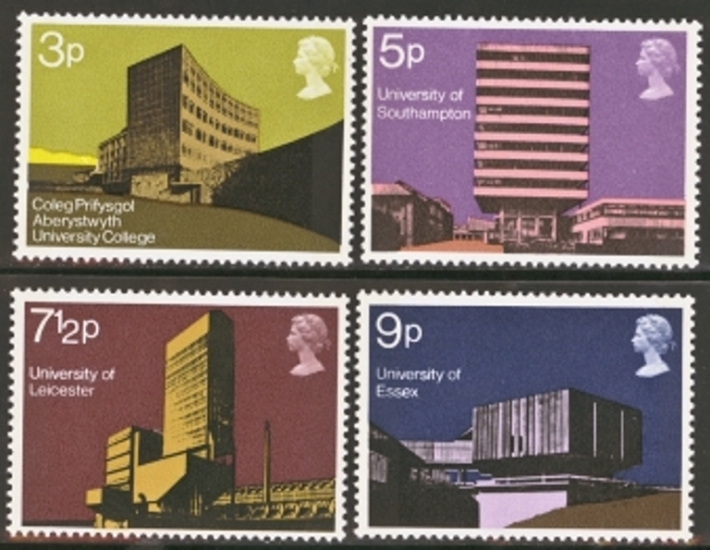 Great Britain Scott 0657-0660, MNH, 1971 Science Buildings