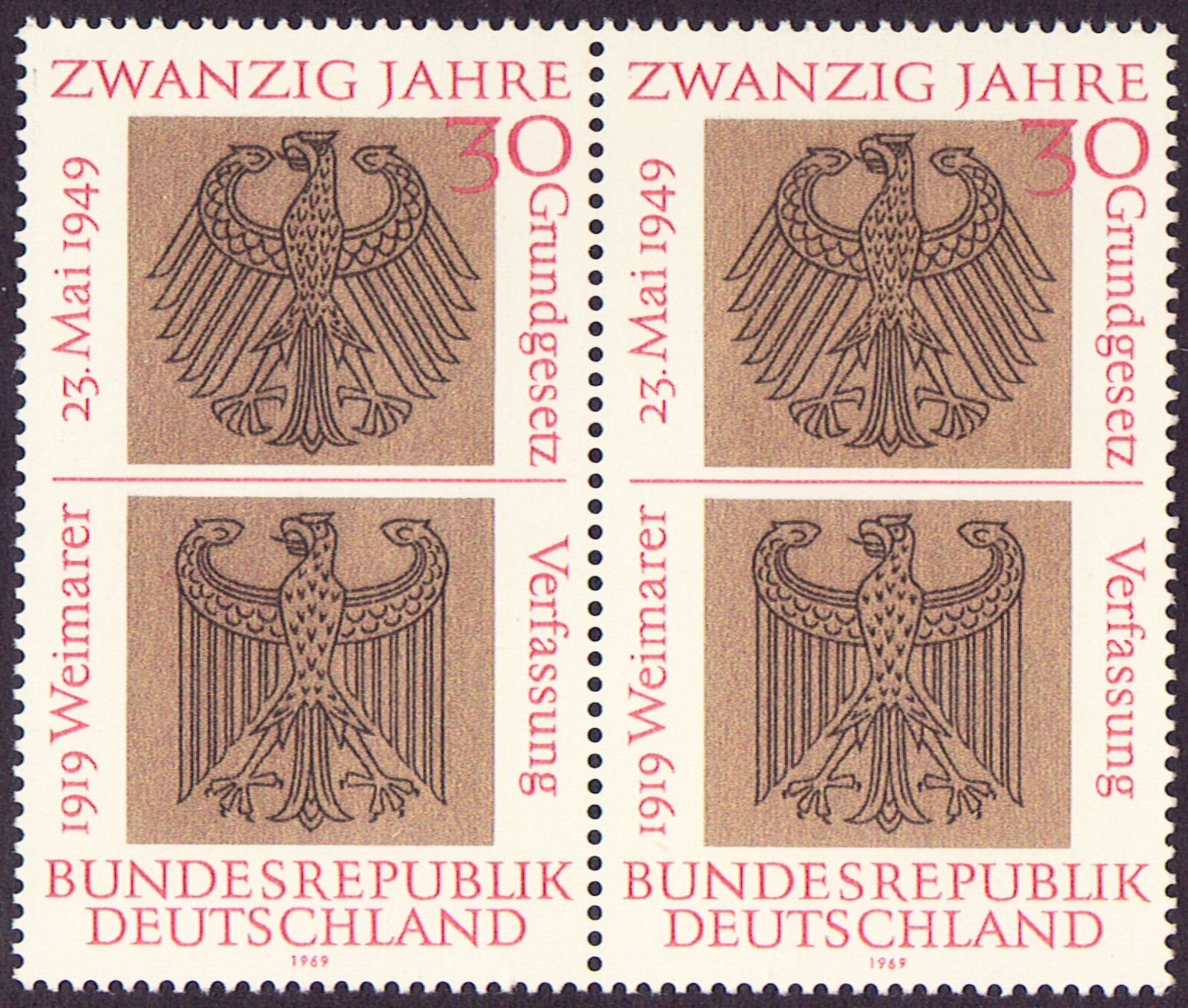 Germany Scott 0998, MNH, Pair, Heraldic Eagles of Federal Weimar